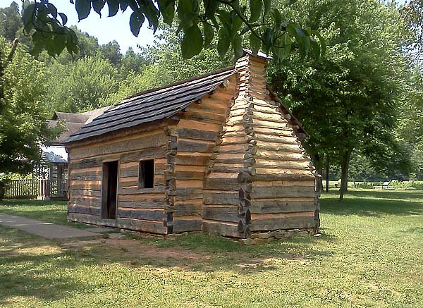 Lincoln Log Cabin ~ Lincoln s log cabins handmade houses with noah bradley