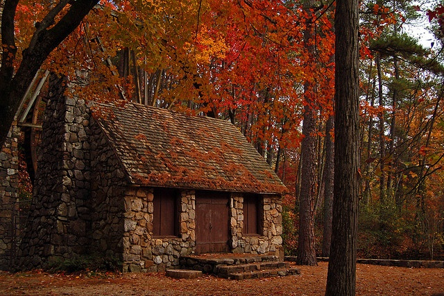 A Stone Cottage In Autumn Handmade Houses With Noah Bradley