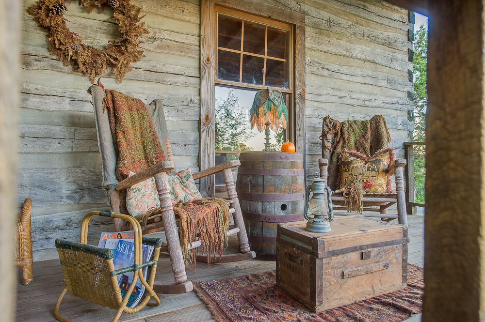 Log cabin porches to decorate or not handmade houses for The country porch com