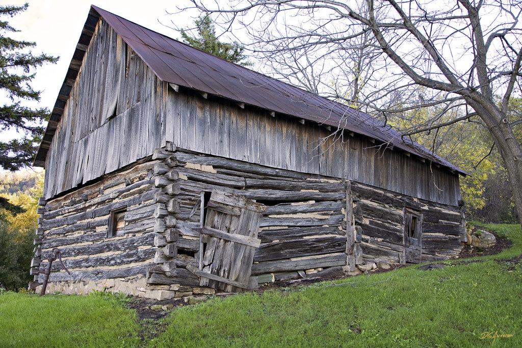 Log Barn Handmade Houses With Noah Bradley