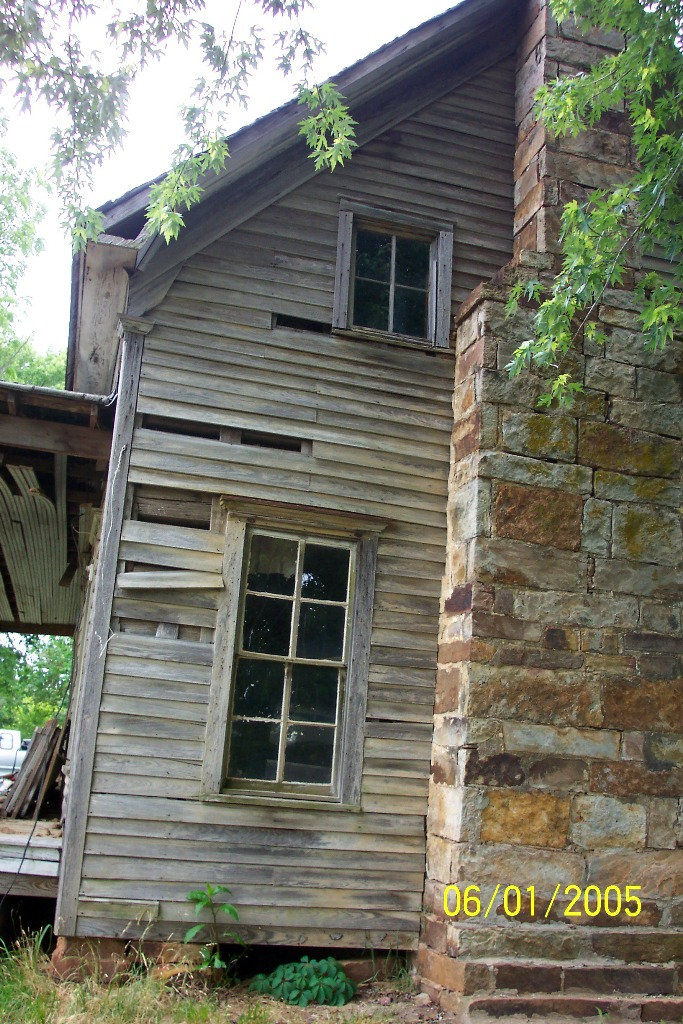 Old Log Cabins ~ Finding an old log cabin to rebuild handmade houses