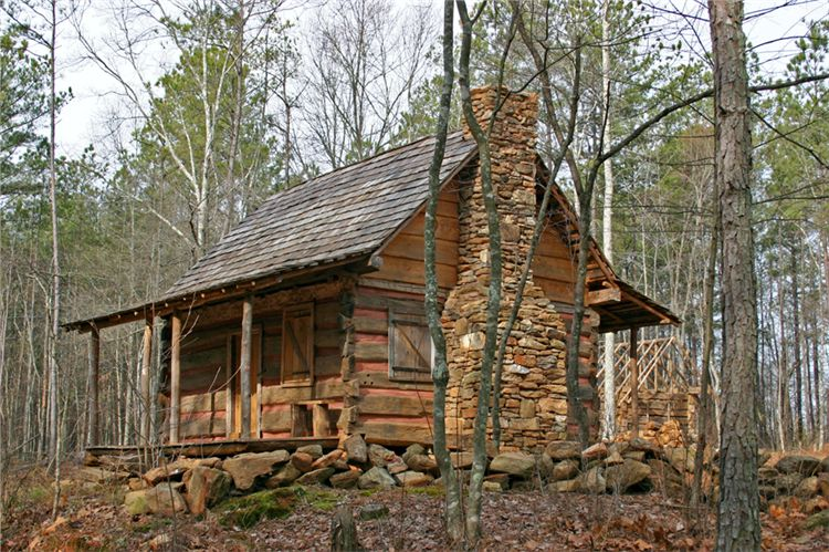Porches vs decks on a log cabin handmade houses with for Log cabin porch